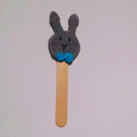 háčkovaná záložka do knížky králíček